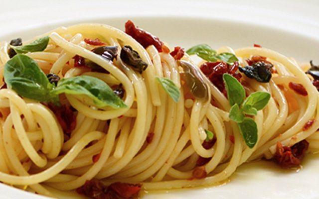 Spaghetti with Dried Cherry Tomato